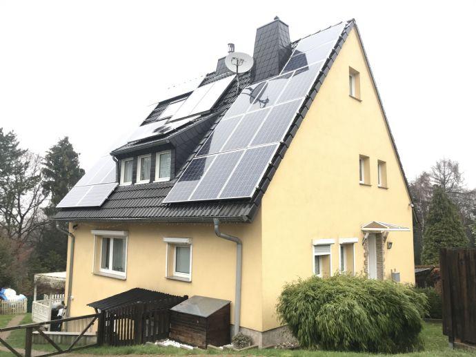 Repräsentatives und sicheres wohnen in Cronenberg - EFH zum Verlieben! Kernsaniert - Security-Kameras rundum - Photovoltaik - 1600qm mit eigenem Wald!