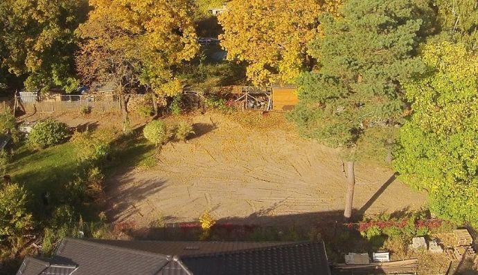 Hier können Sie zügig Ihr Traumhaus errichten! bauträgerfreies vollerschlossenes Baugrundstück * grüne Ortslage * S-Bahn fussläufig *