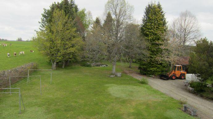 Landhausvilla mit viel Platz und gr. Garten