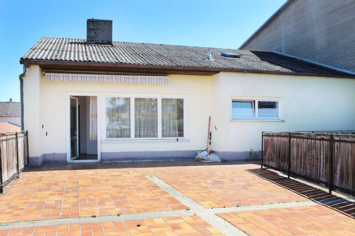Saniertes 240 m2 gr. 2-Familienhaus mit Garten und Dachterrasse in Garching an der Alz