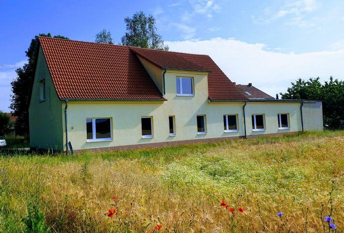 Großes Haus am Ortsrand mit freiem Blick in die Natur - Nähe Calau