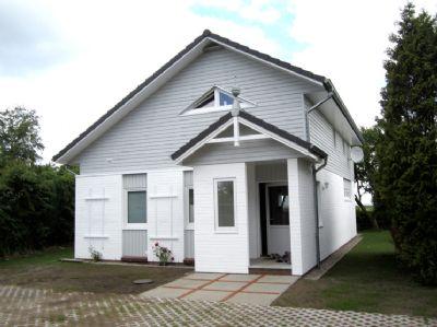 Haus Saga - Ferienhaus mit Meerblick in Falshöft am Leuchtturm