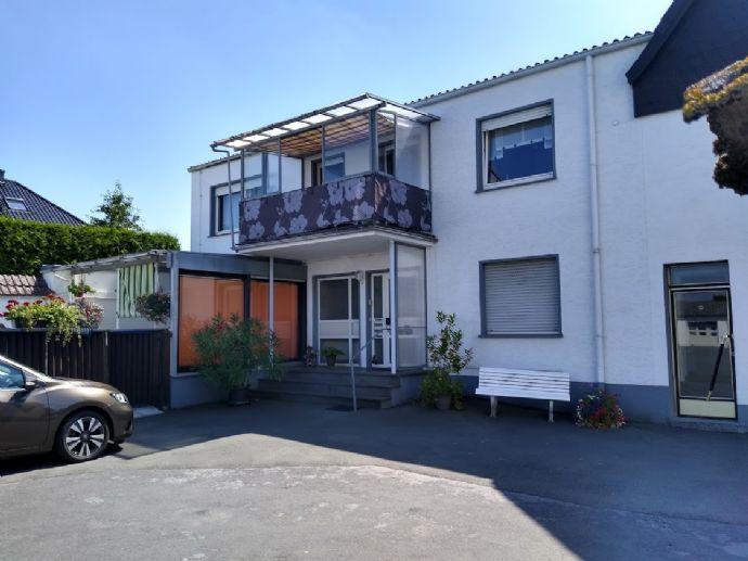 2- Familien Wohnhaus mit sicherer Existenz zu verkaufen