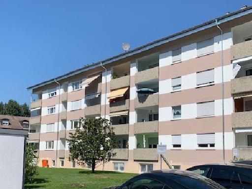 Große 2-Zimmer-DG-Wohnung in ruhiger und verkehrsgünstiger Lage
