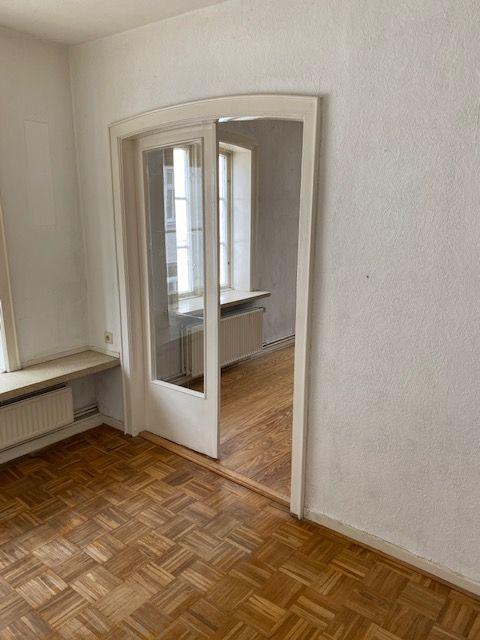 Etwas Besonderes in Kellinghusen - Wird frei geliefert - 12 Zimmer und Holzterrasse