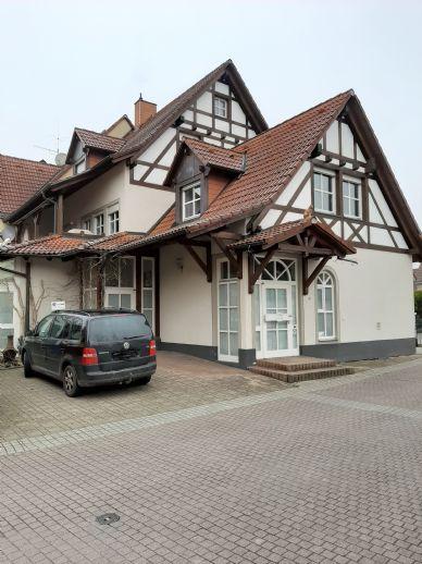 Zweifamilienhaus in Teningen - am Bächle - mit 5 Stellplätzen - Wintergarten und vielen Extras