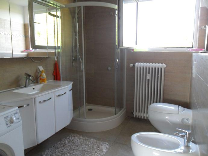 ILSEDE OT: Großzügige 3 Zimmer-Wohnung mit schöner Aussicht, viel Licht und sonnigem Balkon