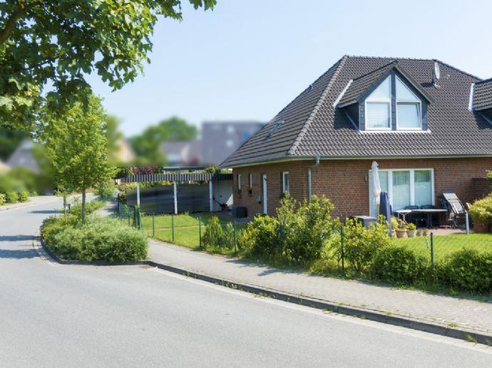Doppelhaushälfte mit SÜD-WEST-Terrasse und Doppel-Carport