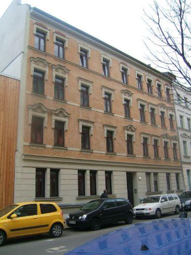 Voll vermietetes, saniertes Mehrfamilienhaus mit 13 Wohneinheiten in Plagwitz zu verkaufen