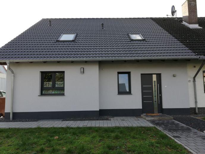 Perfekte Aufteilung auf 155 m² und 5 Zimmer. Hier ist man zuhause! Modern ( Bau 2018 )