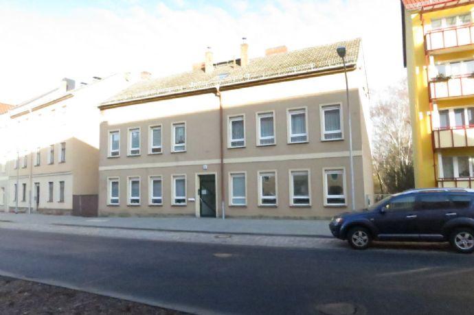 Mehrfamilienhaus (5 Wohnungen + 1 weitere ausbaubar) in Stadtlage