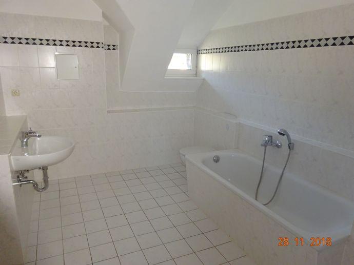 geräumige 2-Raum-Dachgeschosswohnung