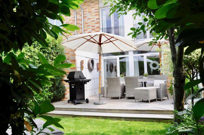 Traumhaftes Reihenhaus mit hochwertiger Ausstattung, ruhige Lage, große Sonnenterrasse !!!