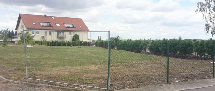 Wunderschönes Baugrundstück in bester Neubaulage von Zöschen voll erschlossen. PROVISIONSFREI!