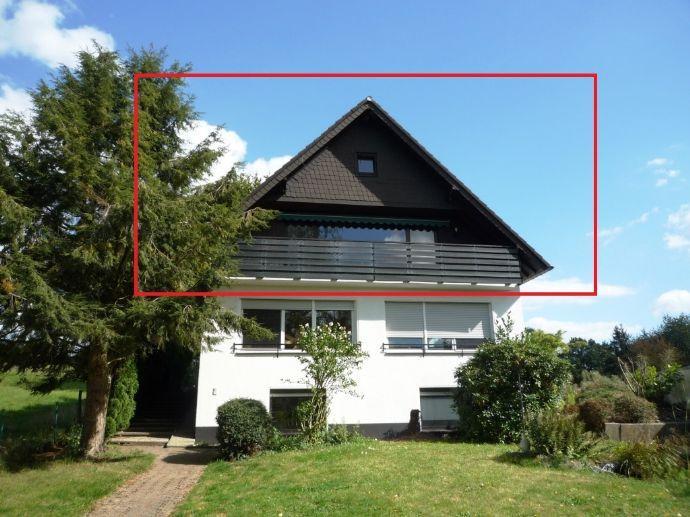 Große Maisonettewohnung mit Balkon, Gartenanteil und Carportstellplatz!