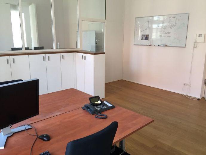 TOP-Zustand! Wunderschönes modernes Büro (möbliert) im Nikolaiviertel