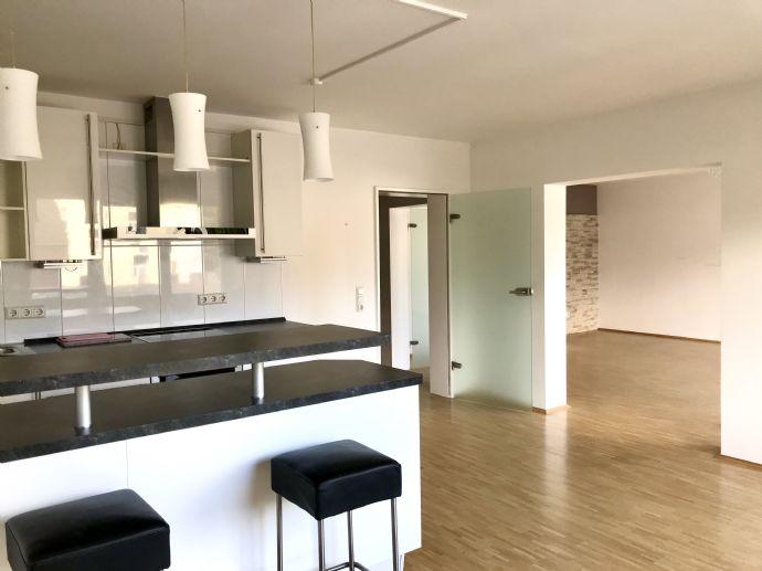 RESERVIERT Großzügige Wohnung im wunderschönen Kaiserstraßenviertel