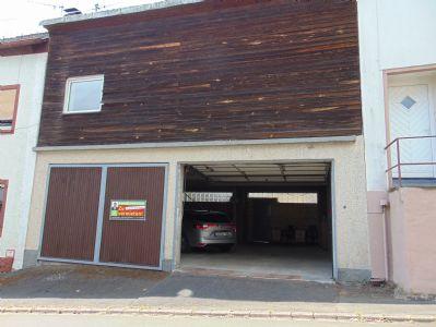 Manderscheid Garage, Manderscheid Stellplatz