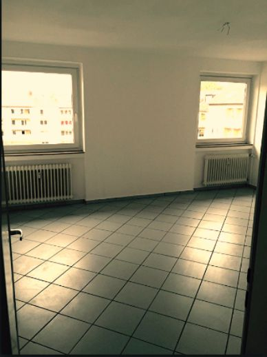 Schöne helle 2-Zimmer Wohnung in bester Innenstadtlage