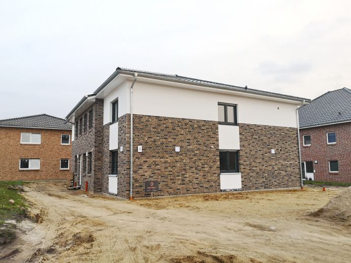 *Obergeschoßwohnung mit Balkon* - Neubau in Himmelpforten