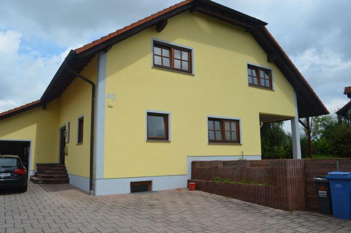 Kapitalanlage: Familiengerechtes Einfamilienhaus mit Fernblick