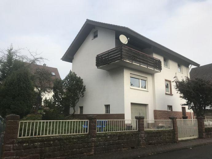 Zweifamilienhaus mit Garage in Otterbach