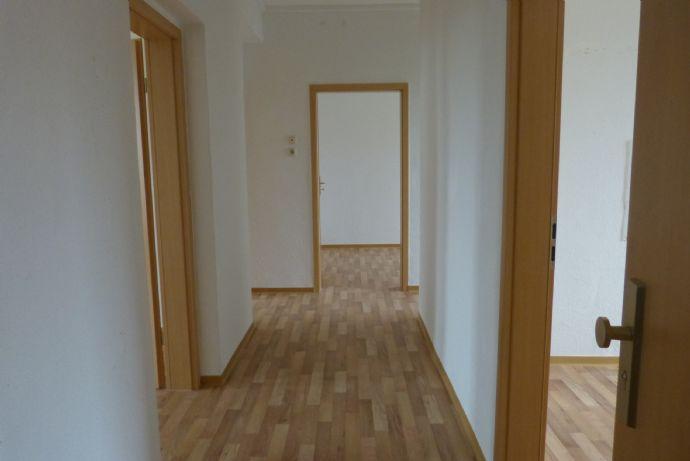 Helle schöne 3- Raum- Wohnung