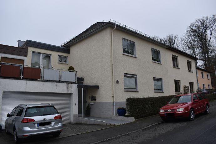 Wetzlar:Schönes Haus mit Einliegerwohnung und großem Garten gesucht? Hier ist es!!