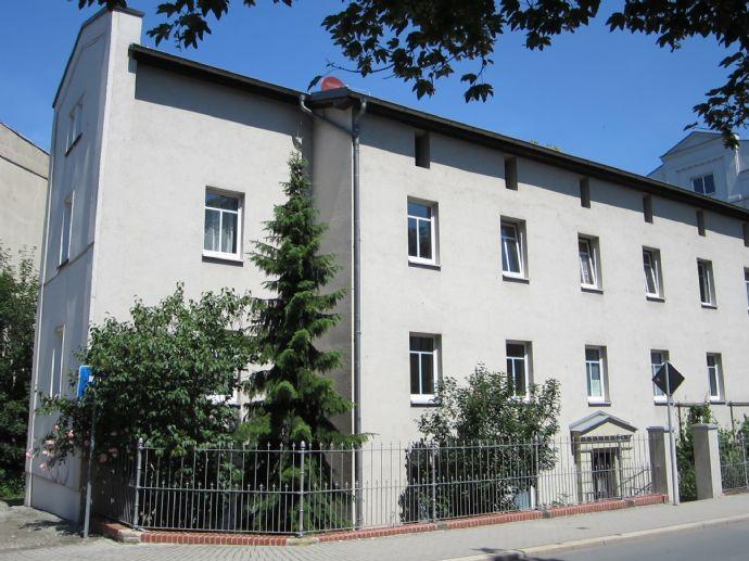 1-Zi-Wohnung mit EBK zu vermieten