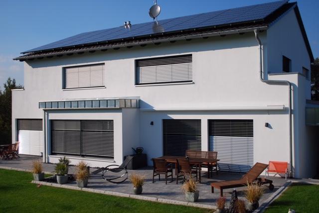 Exclusives Architektenhaus im Grünen - NEUWERTIG mit Sauna, Luxusküche, Kamin, vielen weiteren TOP-Ausstattungen