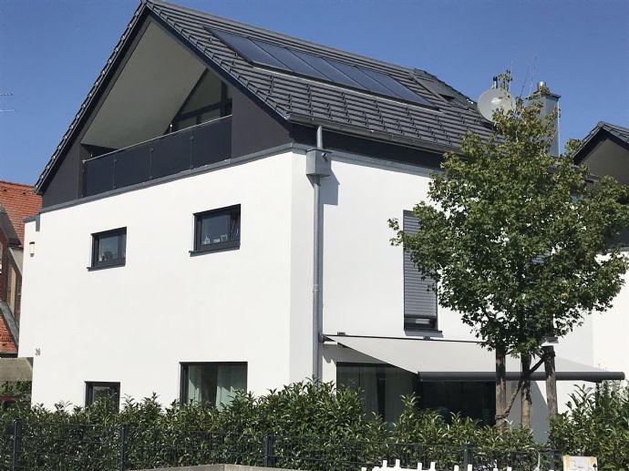 Freistehendes Einfamilienhaus in Gronsdorf - Haar; Weihnachten schon im neuen Haus!