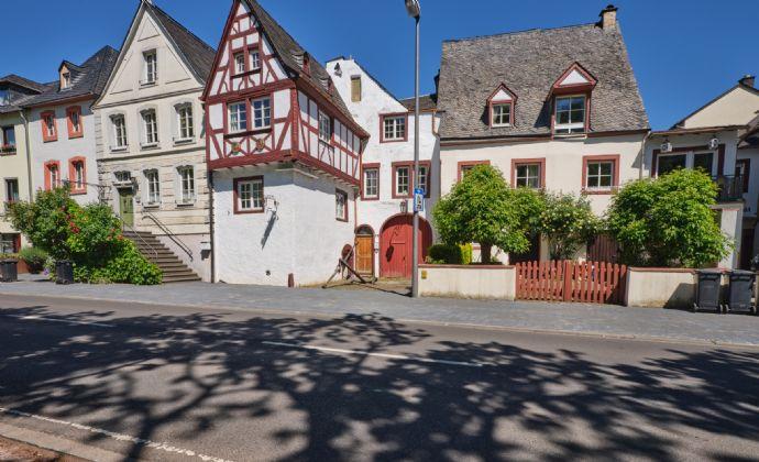 Bernkastel-Kues historisches geräumiges Fachwerkhaus 16