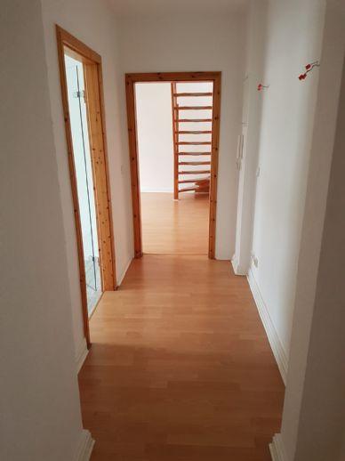 Schöne helle 3-Zimmer Maisonette Wohnung zu vermieten