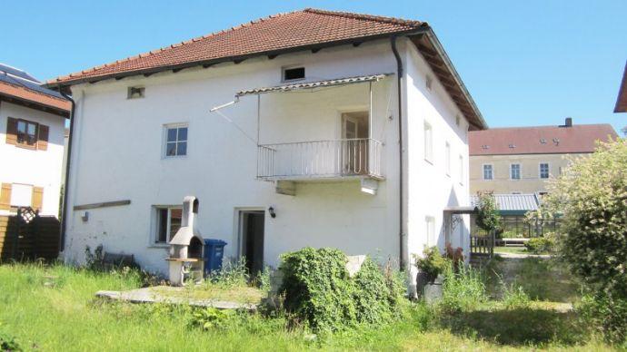 Freistehendes Haus geeignet für Kapitalanlage in Münchsdorf 903-CK.
