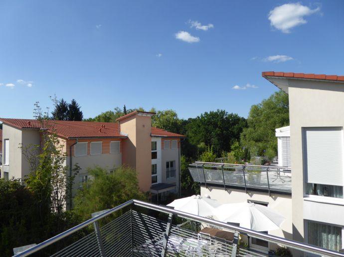 Exklusive 3 Zi + Kü + Bad Wohnung im 1. OG - 1A Wohn(an)lage