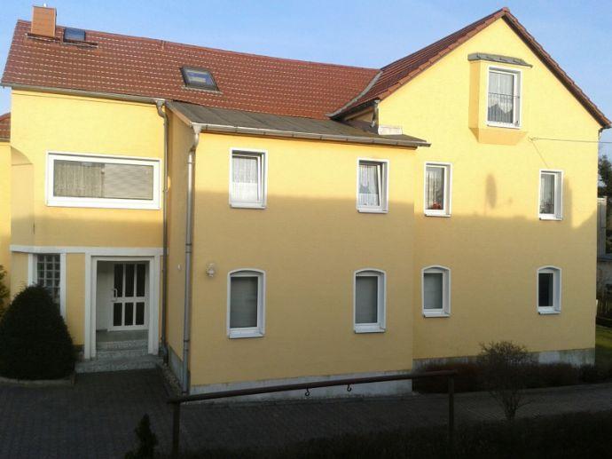 helle DG 3 Raum Wohnung in ruhiger Wohnlage nahe Zentrum Großröhrsdorf