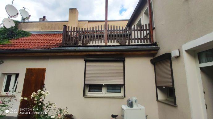 Schönes Einfamilienhaus mit Einliegerwohnung, kleinem Innenhof | Dachterrasse zu verkaufen