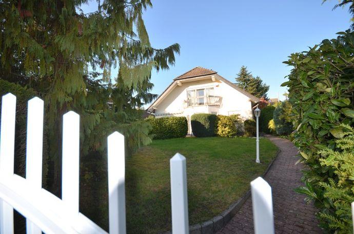 Dunekamp news - Familiendomizil - freistehendes Einfamilienhaus mit Skylineblick in Bestlage von Oberursel auf Erbpachtgrundstück steht zum Verkauf!
