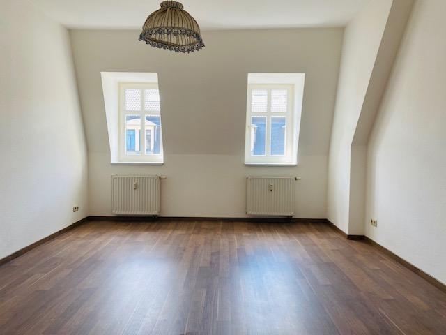 gemütliche Zweizimmerwohnung in zentraler Neustadtlage