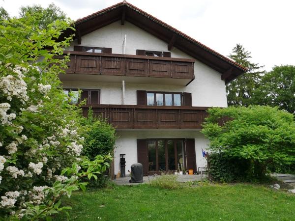 ENGEL & VÖLKERS! Interessante Investition - 2 Doppelhaushälften in bester Lage von Gröbenzell!