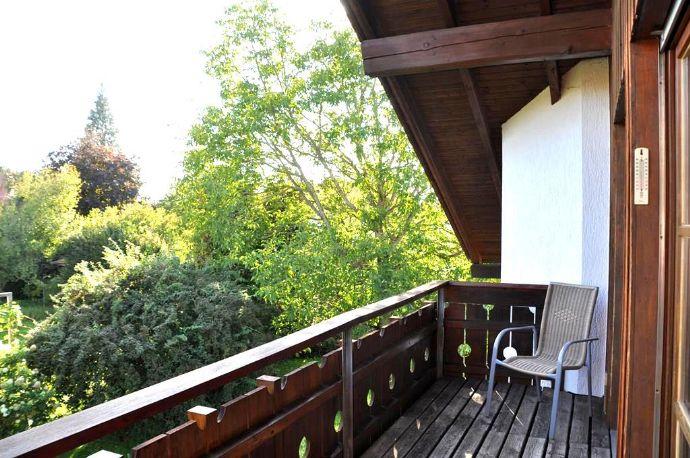 Pürgen-Lengenfeld/Großzügige 3-Zimmerwohnung mit Balkon in äußerst ruhiger Lage