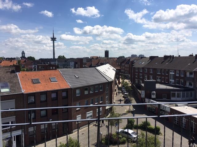 Wohnen auf Zeit: Wesel-Centrum: Hübsches einzugsfertiges Appartement mit großem Balkon