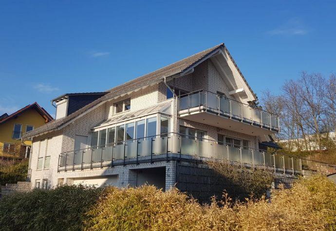 Attraktives 1- 2-Familienhaus in Topp-Wohnlage