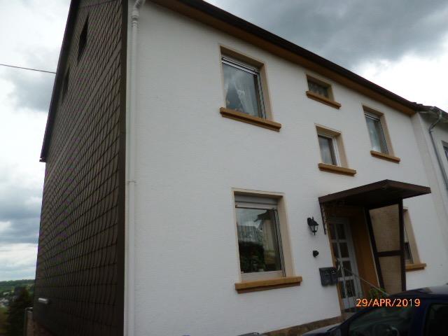 Wannemacher Immobilien **** Schönes Zweifamilienhaus in der schönsten Lage von Schiffweiler voll vermietet ****