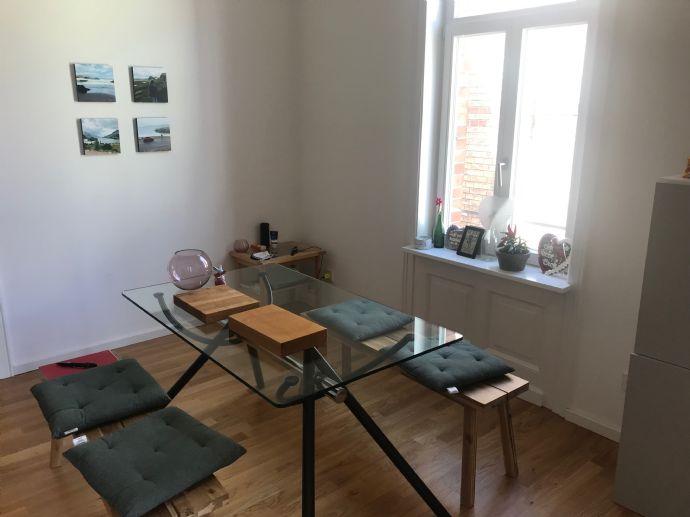 Nachmieter gesucht! 3-Zimmer-Wohnung mit Charme in einem Altbau, Einbauküche!