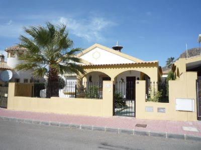 Traumhafte Villa in Mazarron Country Club in Mazarron mit Pool