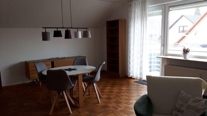 Attraktive möblierte Dachgeschosswohnung in begehrter Lage von Kassel-Jungfernkopf