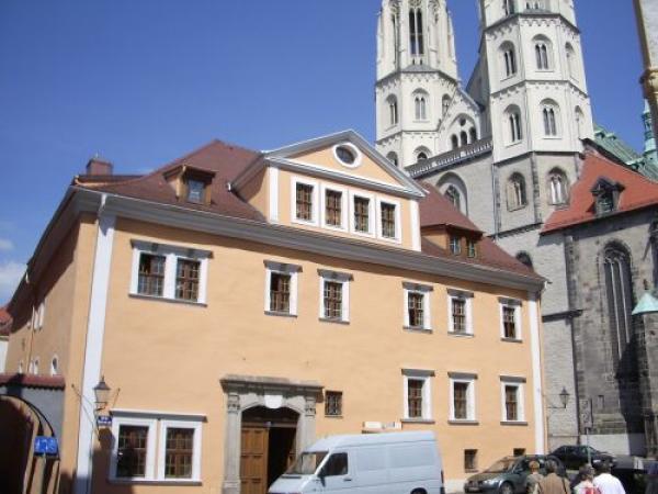 gemütliche 2- Raumwohnung mit Einbauküche in der Altstadt !