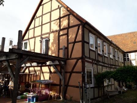 Mehrfamilienhaus am Holzmarkt und der historischen Wallanlage