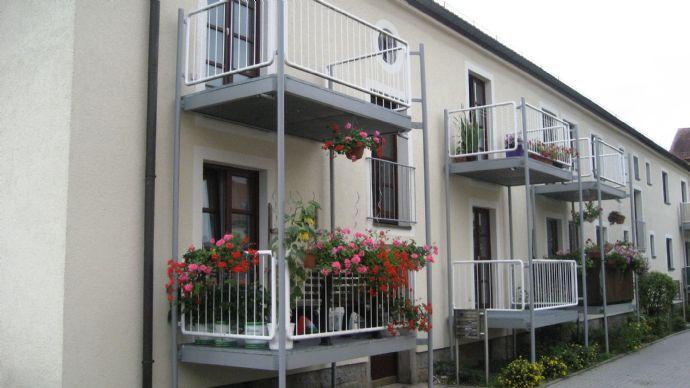Wiesau . sonnige 2 Zimmer-Wohnung mit Balkon